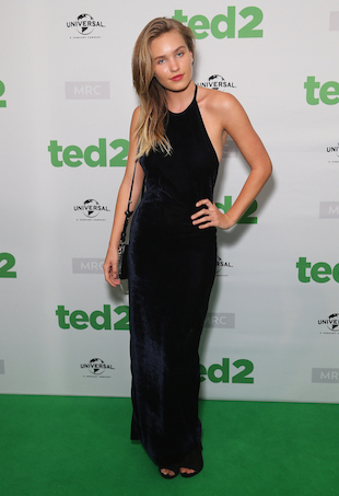 Ted 2 premiere Zoe Cross