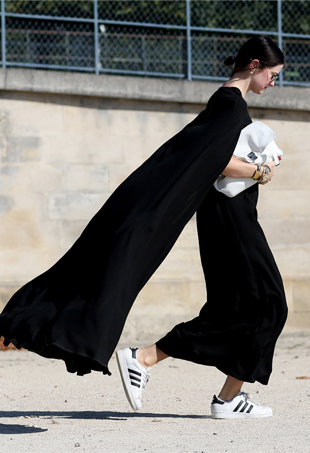 Street Style: White Sneakers