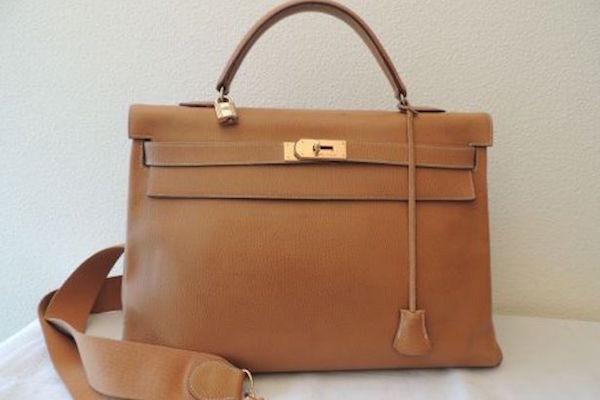 Vitnage Hermes bag on Instant Luxe designer resale site