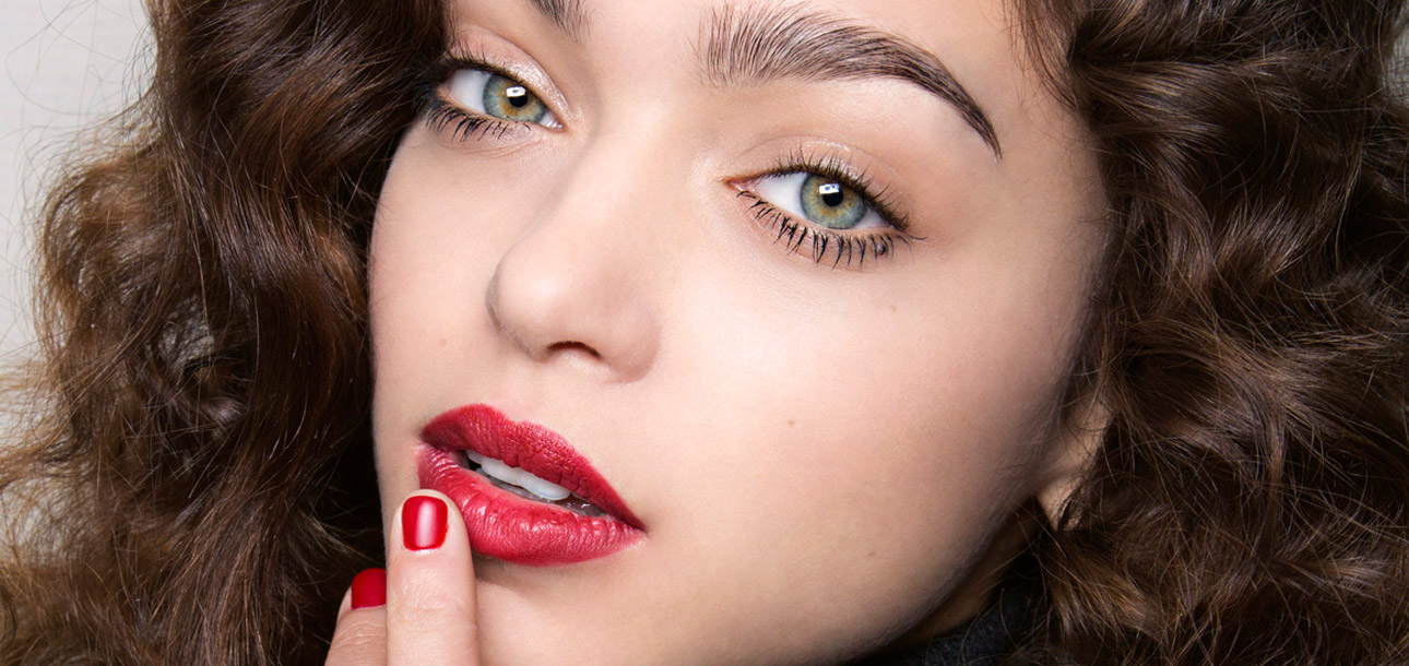 how to make lipstick last all day long