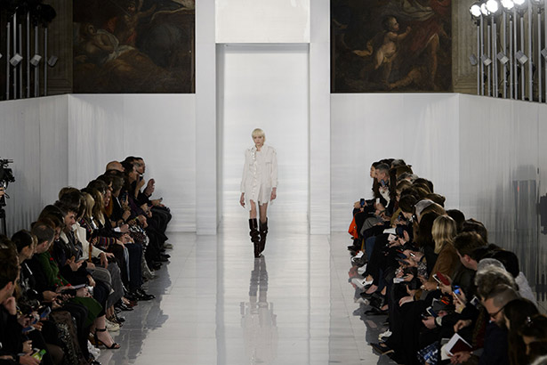 See all the Maison Margiela Haute Couture Spring 2016 looks from the runway.