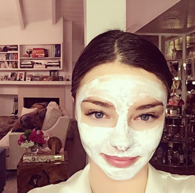 Miranda Kerr wears a face mask
