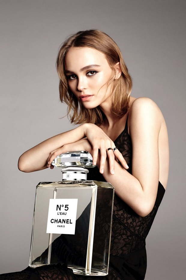 Chanel 'No.5 L'Eau' Fragrance 2016 : Lily-Rose Depp by Karim Sadli