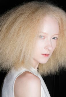 How to Turn Brittle Hair Into Gorgeous Hair