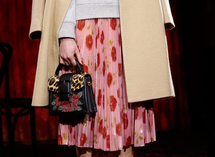 mini bags on the Kate Spade Fall 2017 runway
