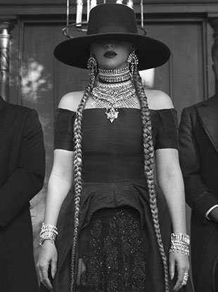"Beyoncé in the ""Formation"" music video."