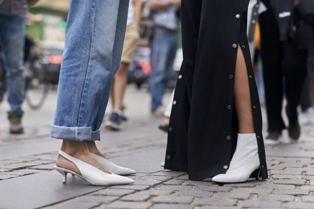 How to cuff jeans the fashion girl way.
