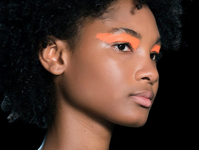 Spring 2018 Beauty Trend: Ultra Bright Eye Makeup