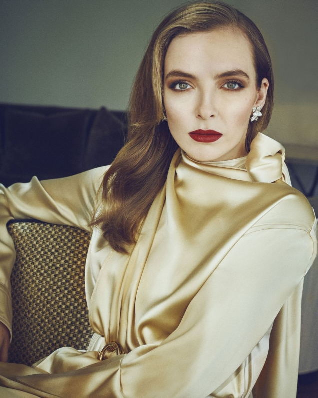 Town & Country May 2019 : Jodie Comer by Marc Hom