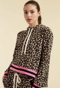 Look Fierce at the Gym With These Leopard Activewear Pieces