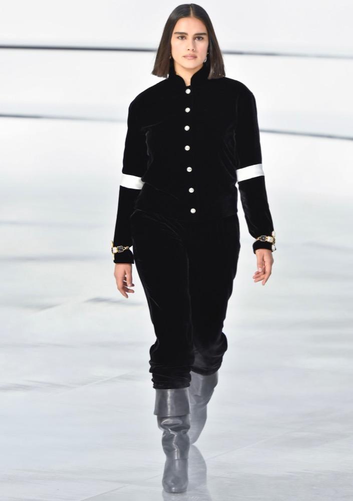 Jill Kortleve at Chanel Fall 2020