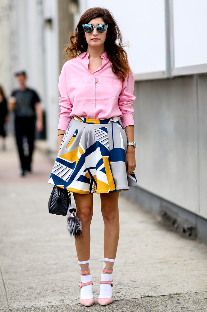 02745a1c3e0 Street Style  16 Next-Level Ways to Wear Summer Prints - theFashionSpot