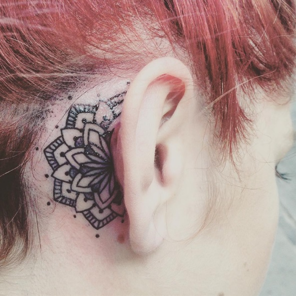 30 cool behind the ear tattoos and ear tattoos thefashionspot