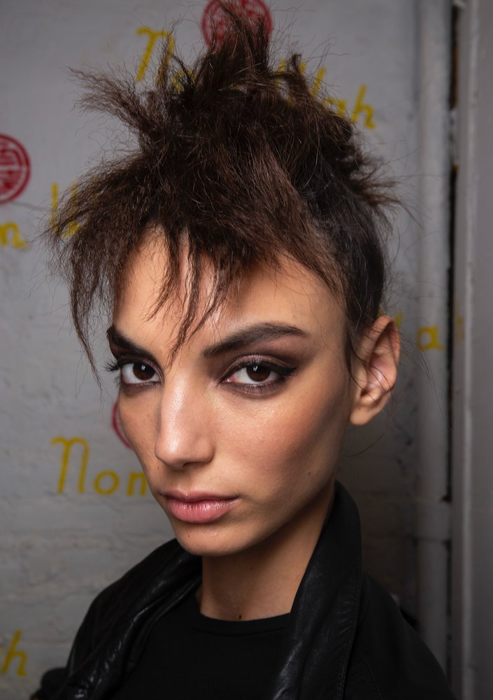 Makeup Trends Spring 2020.Top Makeup Trends From The Spring 2020 Runways Thefashionspot