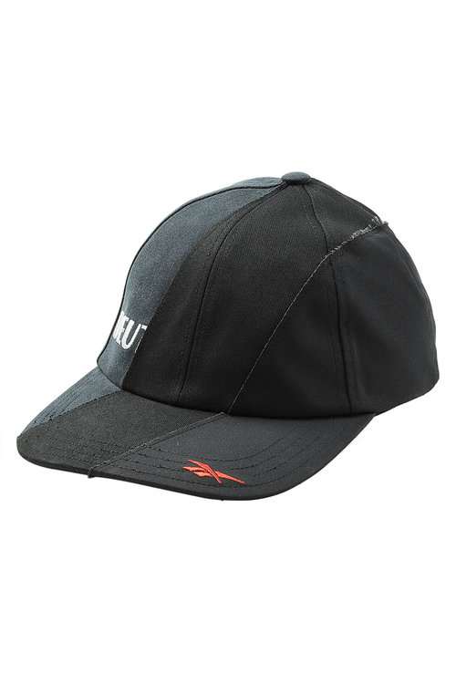 7240e810fc1 Baseball Caps Are Now Fashion and We re Ready to Play - theFashionSpot