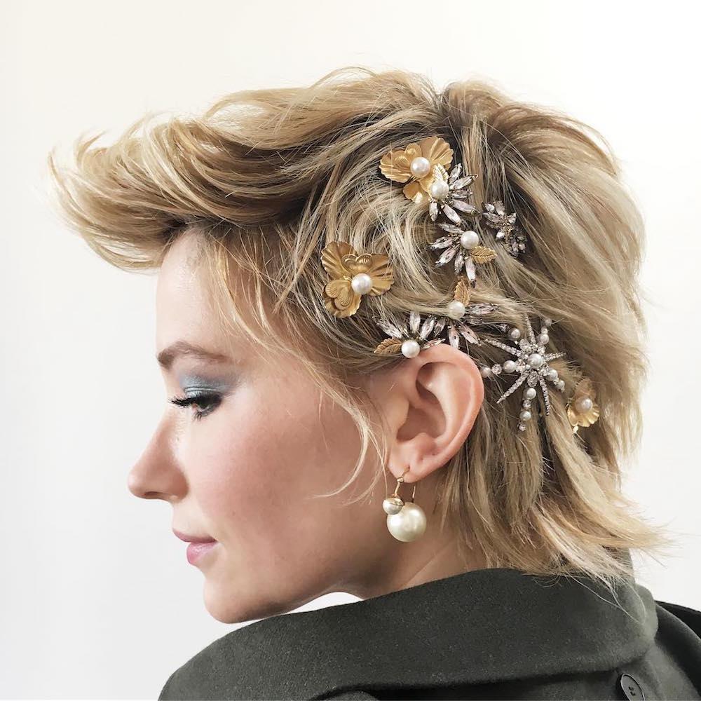 2019 year lifestyle- Trend fashion hair accessories
