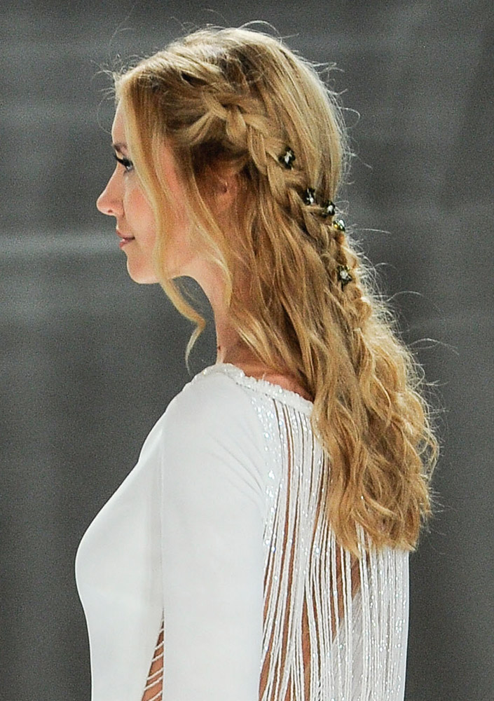 Best Wedding Hairstyles From The Bridal Fall 2018 Collections