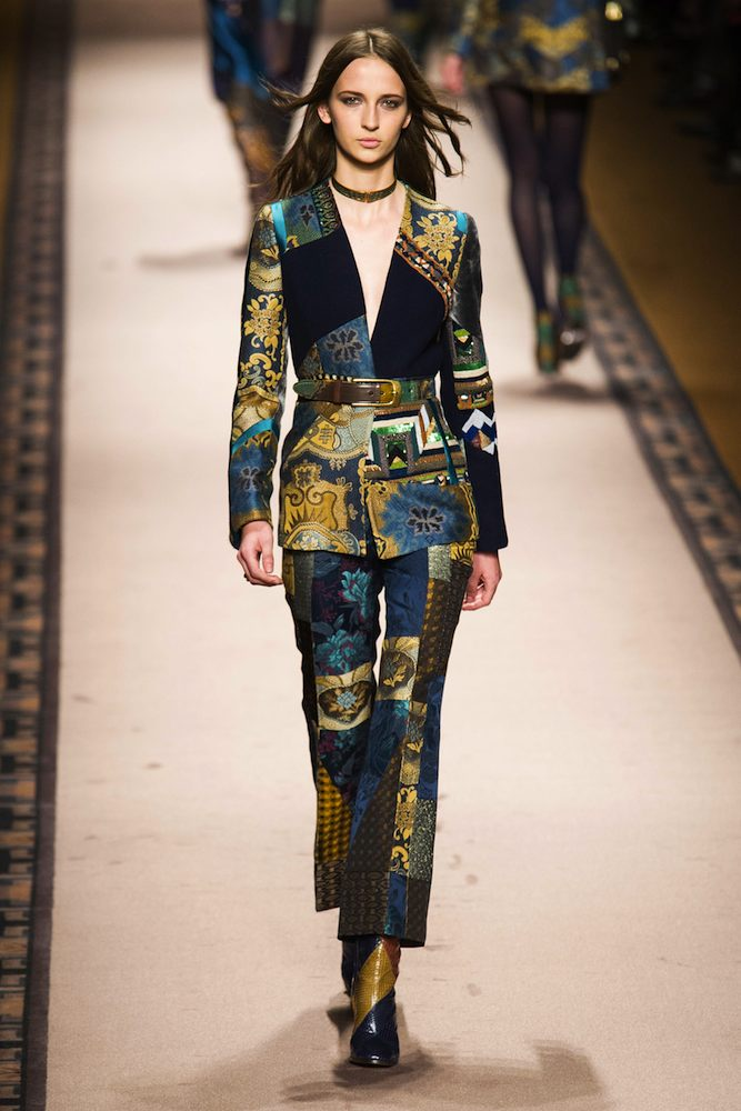 timeless design 906e2 a243b Etro Fall 2015 Runway - theFashionSpot