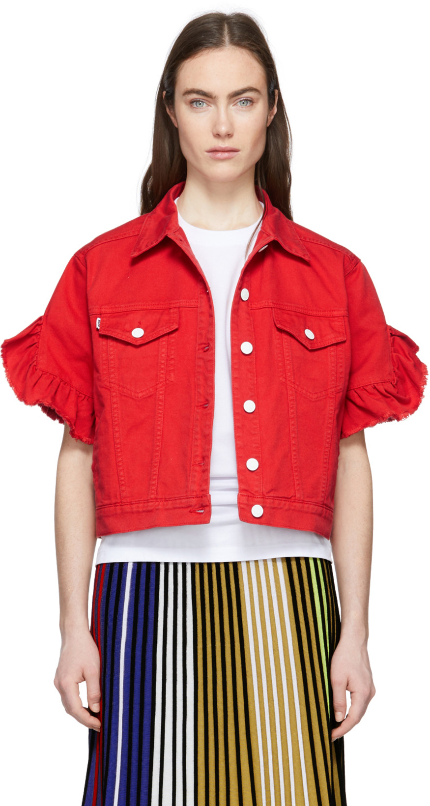 2fea5d43fa07 Up Your Denim Game With A Fashion-Forward Jean Jacket - theFashionSpot