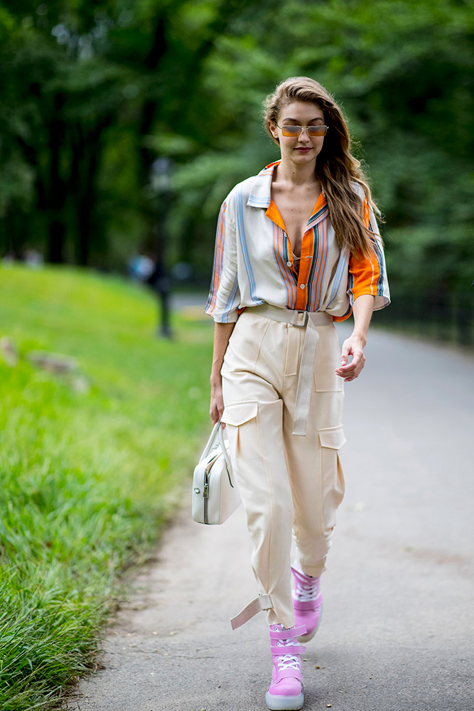 Retro Vibes  How to Wear a Button-Down Shirt (But Make It Fashion) retro vibes