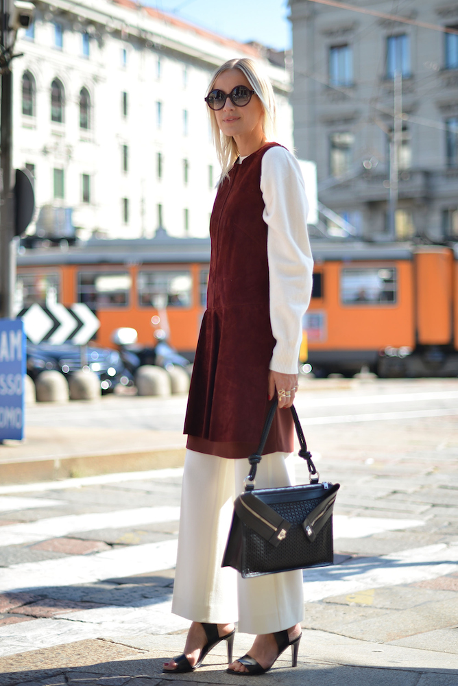 10 Clever Styling Tricks For Wearing Your Summer Dresses In The Fall