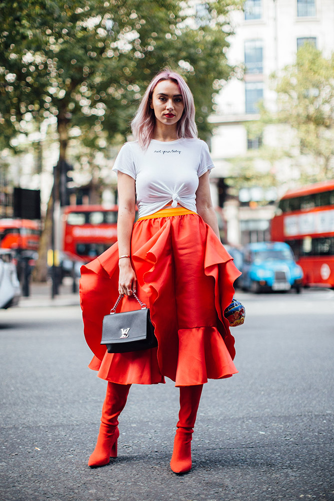 8b44fff30f5 20 Street Style-Inspired Transitional Outfits to Wear Between ...