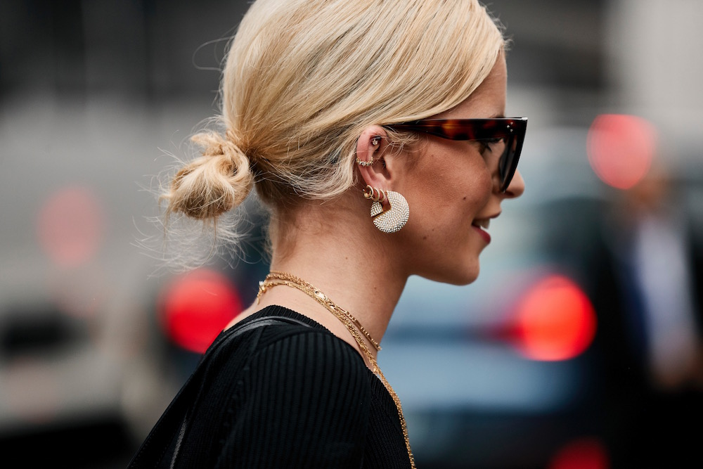 10 Street Style Hair And Makeup Trends Fashion Week Spring 2019