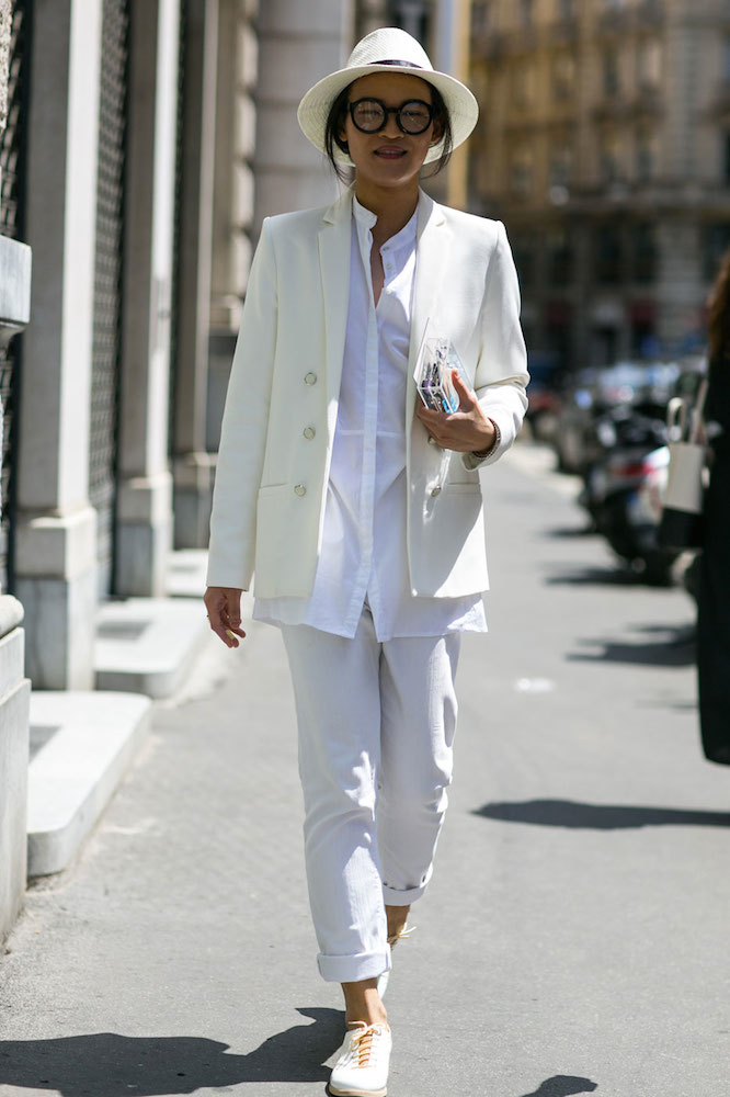 17 Ways To Wear The White Sneakers Trend Thefashionspot