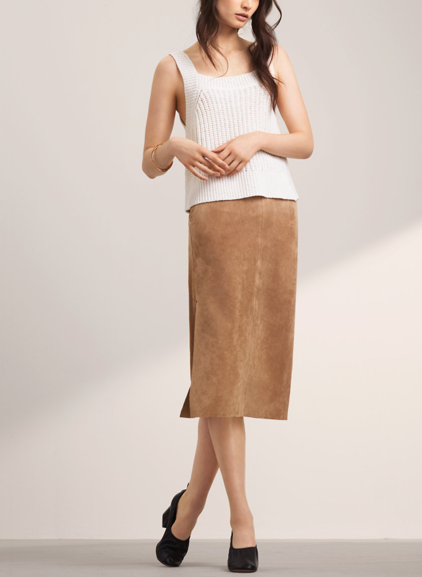 a83bac320e61 20 Interview Outfits That Will Help You Land Your Dream Gig - theFashionSpot